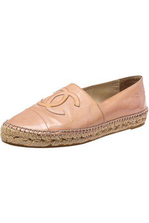 CHANEL Women Espadrilles - Patent Leather CC Espadrille Flats Size 41