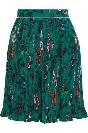 Diane von Furstenberg Woman Guinevere Floral-print Plissé-crepe Mini Skirt Emerald Size 0