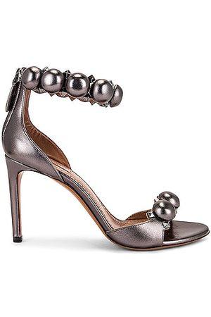 Alaïa Women Sandals - Metallic Bombe Sandals in Metallic Silver