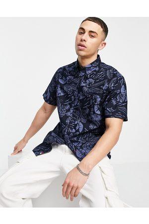 Tommy Hilfiger Large seasonal print short sleeve shirt-Navy