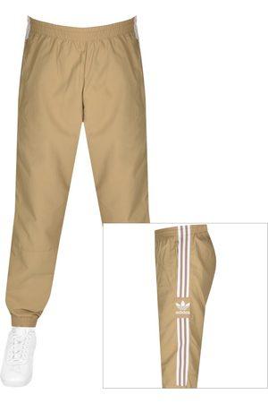adidas Men Chinos - Lock Up Track Pants