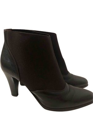 Gianfranco Ferré Leather Ankle Boots