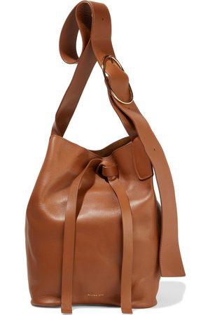 REJINA PYO Woman Marlene Leather Bucket Bag Size