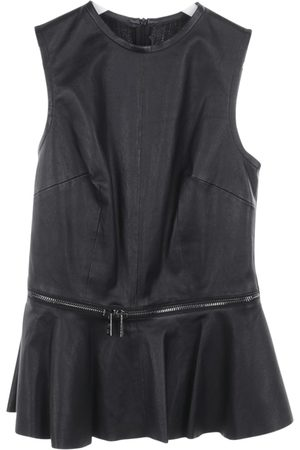 SLY010 Leather top