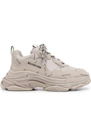 Balenciaga Men Sneakers - Triple S logo-print lace-up sneakers - Grey