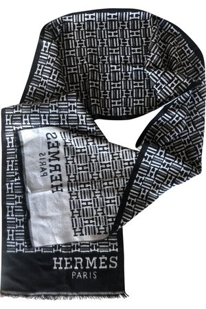 Hermès Grey Silk Scarves & Pocket Squares