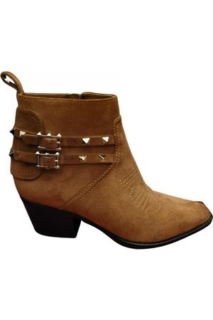 VALENTINO GARAVANI Women Ankle Boots - Rockstud western boots