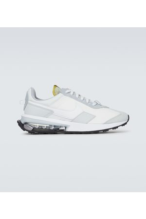 Nike Air Max Pre-Day sneakers