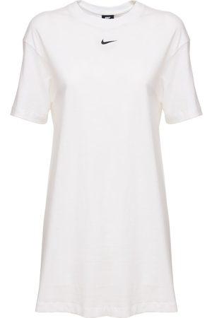 Nike Essential Dress