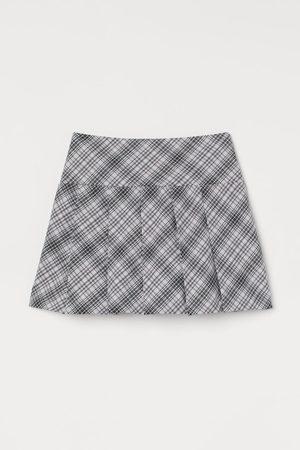 H&M Women Pleated Skirts - Pleated Skirt