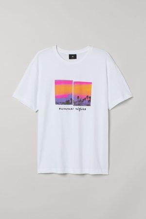 H&M Men T-shirts - Printed T-shirt