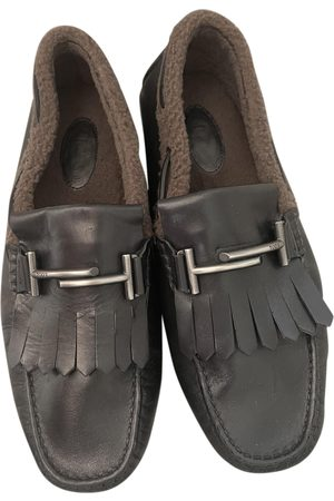 Tod's Men Flat Shoes - Gommino leather flats