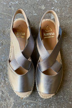 Kanna Ada Flat Leather Cross Front