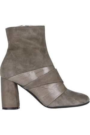 Maliparmi Suede ankle boots