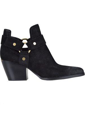 MICHAEL Michael Kors Pamela suede texan ankle boots
