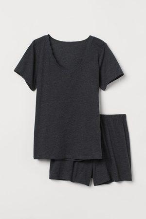 H & M Pajama T-shirt and Shorts
