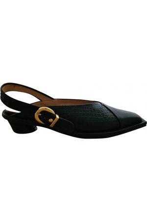 Reike Nen Leather sandals