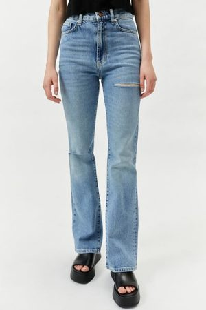 BDG High-Waisted Comfort Stretch Flare Jean - Ripped Light Wash