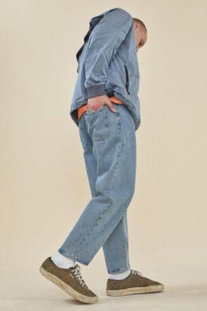 BDG Bow Fit Light Vintage Wash Jean
