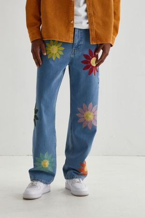 BDG Skate Fit Jean - Embroidered Flowers