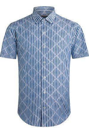 Bugatchi Men Short sleeves - Men's Shaped Fit Short Sleeve Button-Up Shirt