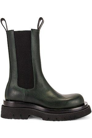 Bottega Veneta Lug Chelsea Boots in Green