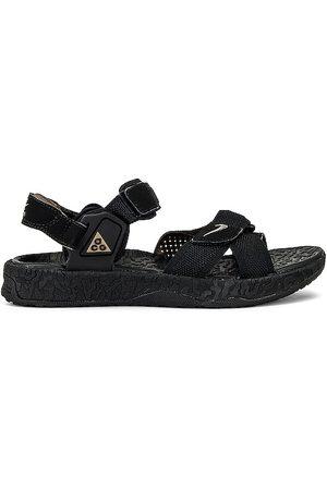 Nike ACG Air Deschutz + Sandal in .