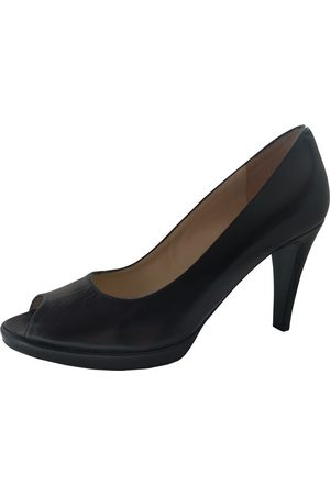 RUSSELL & BROMLEY Leather heels