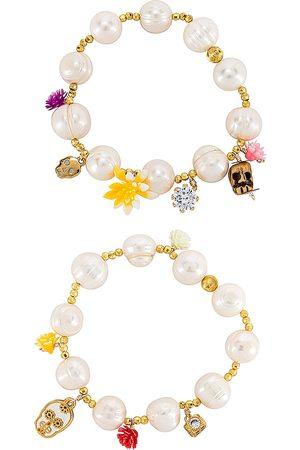 Mercedes Salazar Calaquitas Bracelet Set in White.