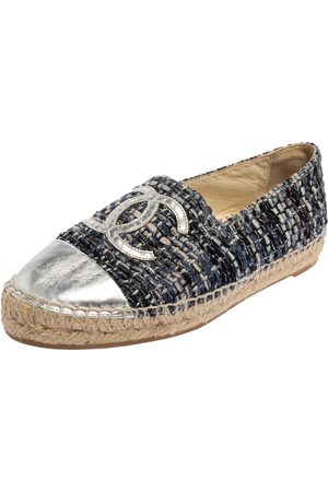 Chanel Grey Leather And Tweed CC Cap Toe Espadrille Flats Size 37