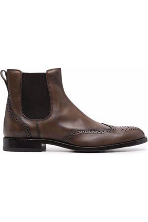 Tod's Men Chelsea Boots - Brogue-detail Chelsea boots