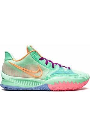 Nike Kyrie Low 4 sneakers