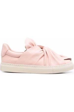 Ports 1961 Women Sneakers - Valentines day bow sneakers