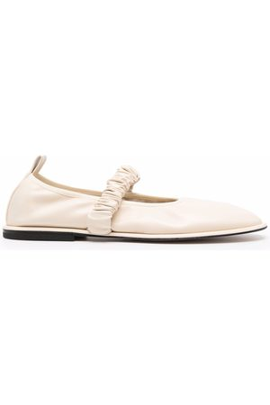 Wandler Round-toe elasticated ballerina shoes - Neutrals