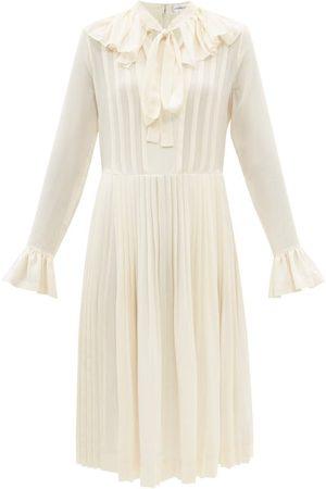 Victoria Beckham Pussy-bow Silk Crepe De Chine Dress - Womens - Ivory