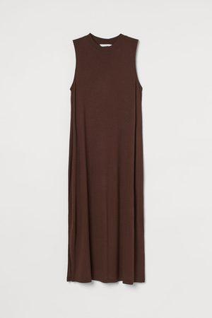 H&M MAMA Sleeveless Jersey Dress