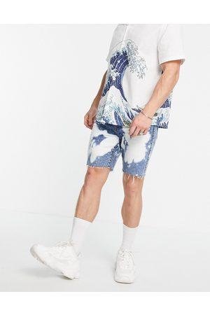 Topman Bleach effect slim denim shorts in mid wash-Blues