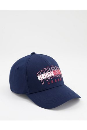 Tommy Hilfiger Cap with large logo in navy