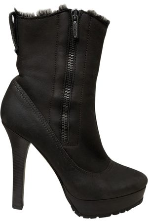 Jimmy Choo Leather snow boots