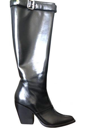 Chloé Leather cowboy boots