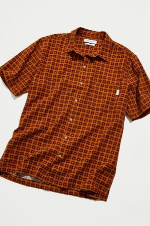 Urban Outfitters UO Ditsy Daisy Button-Down Shirt