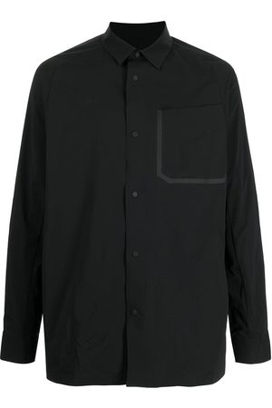 WHITE MOUNTAINEERING Water-repellent taped seam shirt