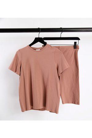 Mama Licious Mamalicious Maternity organic cotton T-shirt and legging shorts set in tan