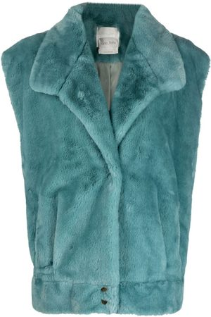 FORTE FORTE Faux-fur sleeveless jacket