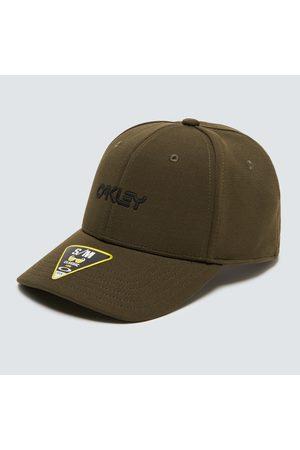 Oakley Men's 6 Panel Stretch Metallic Hat