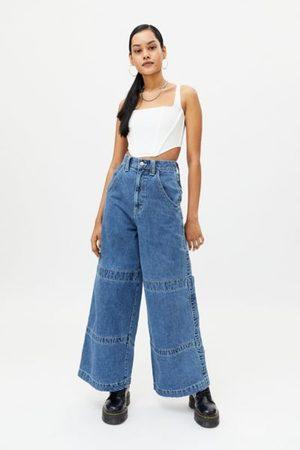 BDG High-Waisted Wide Leg Jean - Light Wash