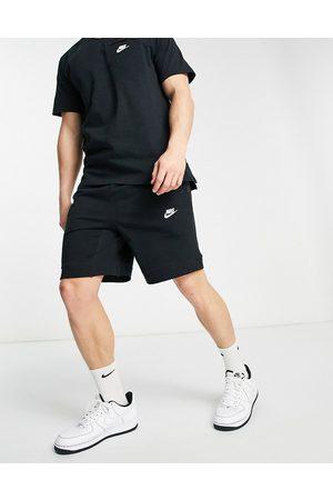 Nike Modern Essentials shorts in