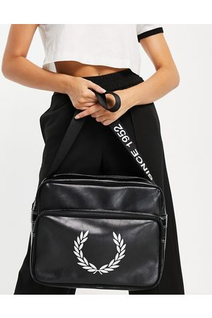 Fred Perry Laurel wreath branded shoulder bag in