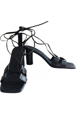IRIS & INK Leather sandal
