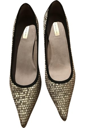 ELIE TAHARI Cloth heels